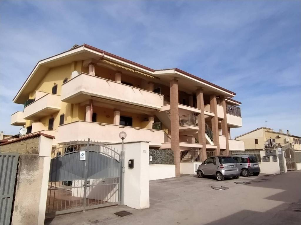Appartamento in vendita a Ardea, 3 locali, prezzo € 75.000   PortaleAgenzieImmobiliari.it