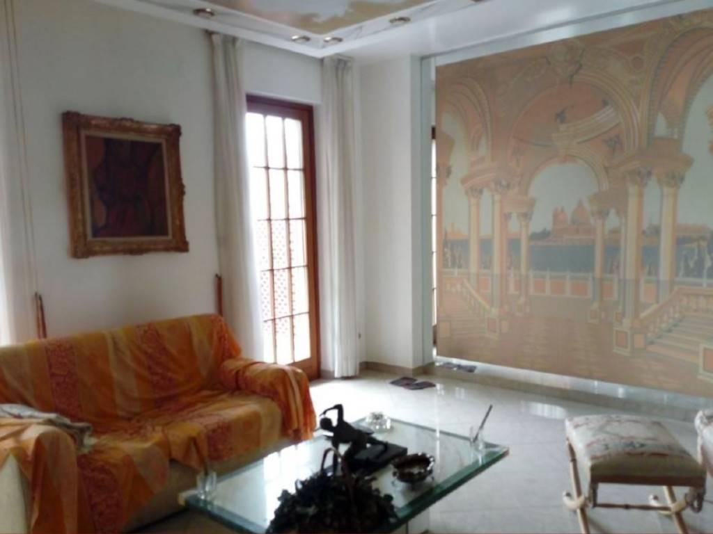 Villa a Schiera in Vendita a None