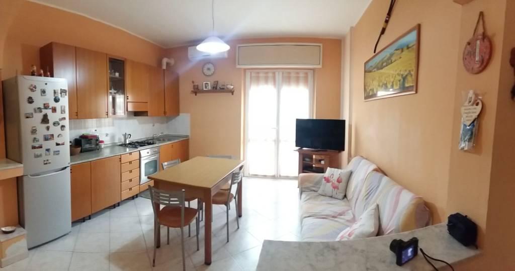 Appartamento in vendita a Pogliano Milanese, 3 locali, prezzo € 99.000   PortaleAgenzieImmobiliari.it