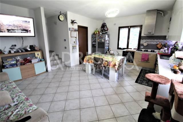 Villa a schiera 5 locali in vendita a Forl (FC)