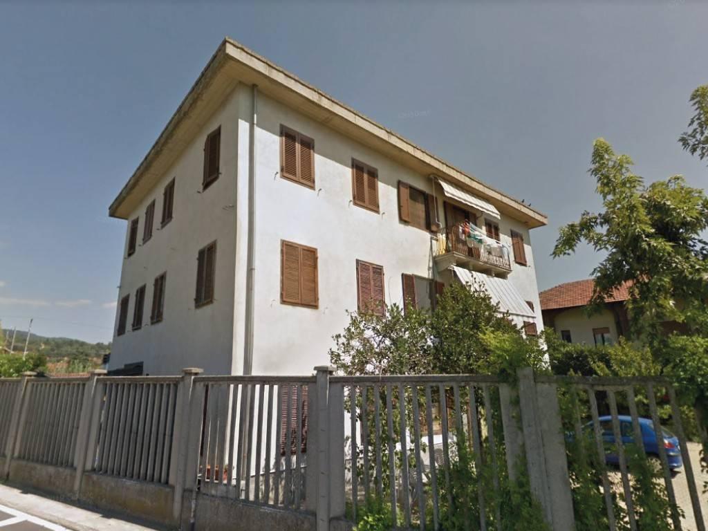 Appartamento in vendita a Moncalieri, 5 locali, prezzo € 120.000 | CambioCasa.it