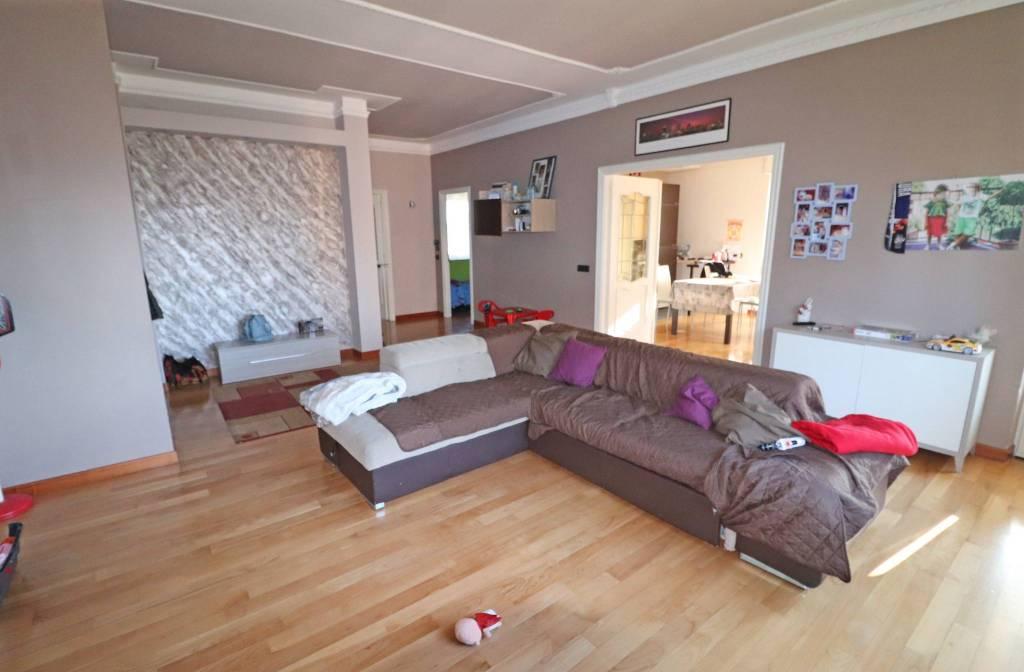 Appartamento in vendita a Centallo, 4 locali, prezzo € 165.000   CambioCasa.it