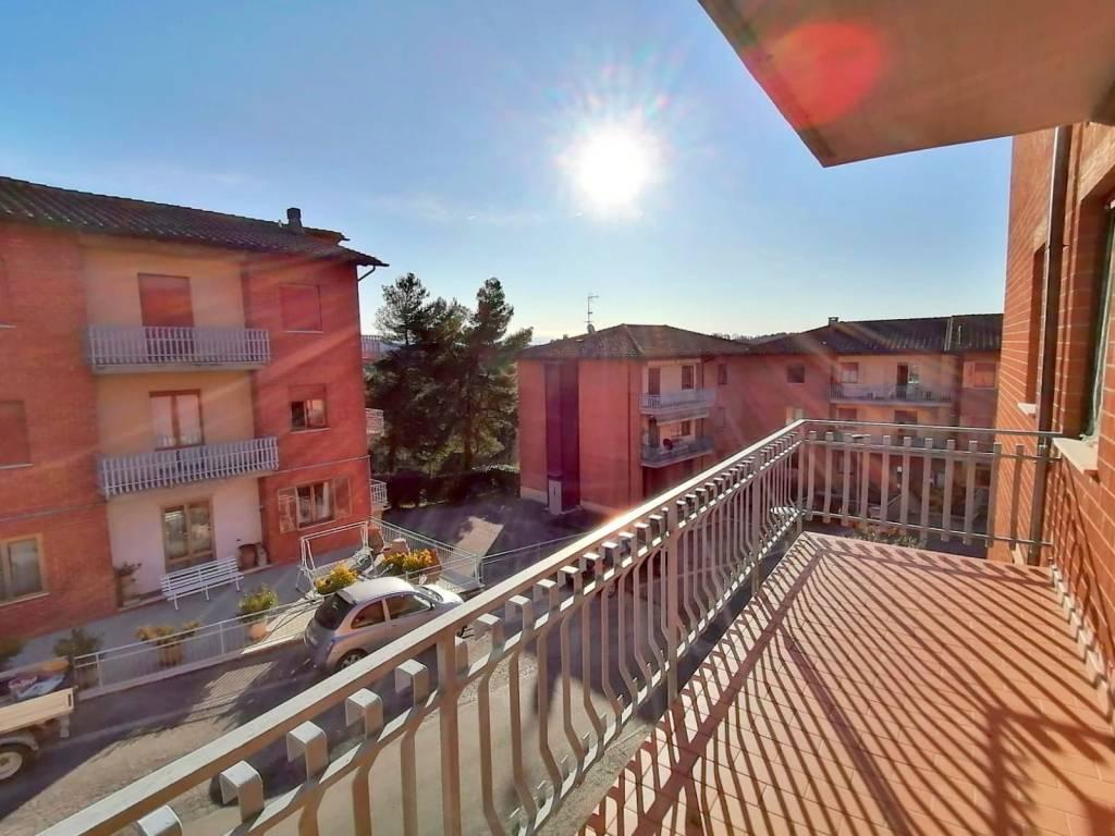 Appartamento in vendita a Città della Pieve, 3 locali, prezzo € 95.000 | CambioCasa.it