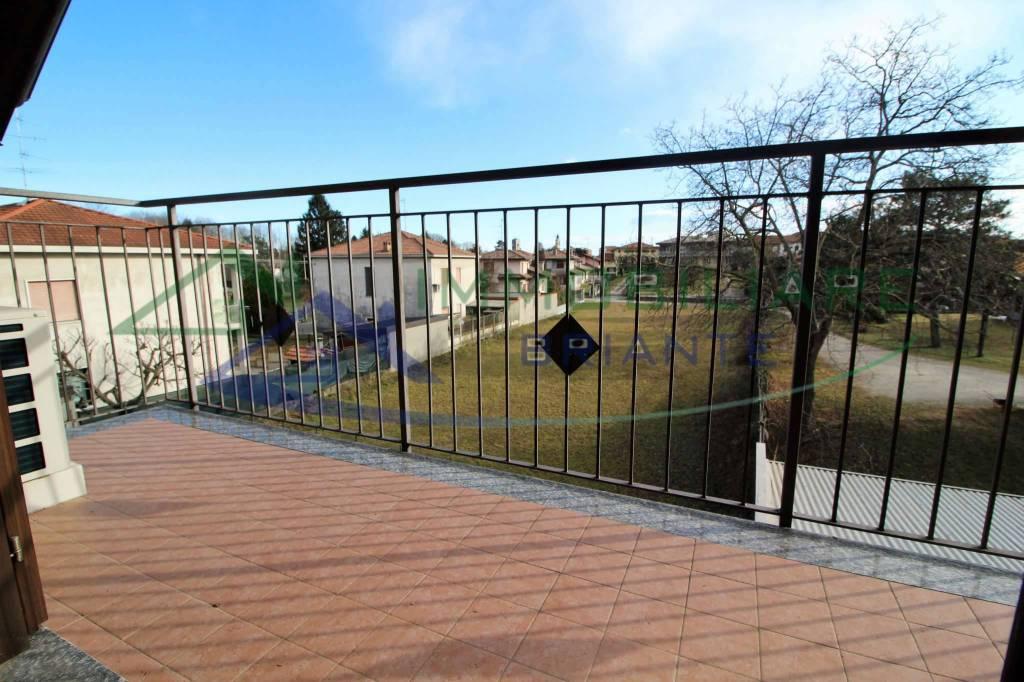 Appartamento in vendita a Casorate Sempione, 3 locali, prezzo € 139.000 | CambioCasa.it