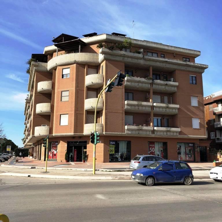 Posto-box auto in Vendita a Foggia Semicentro: 24 mq