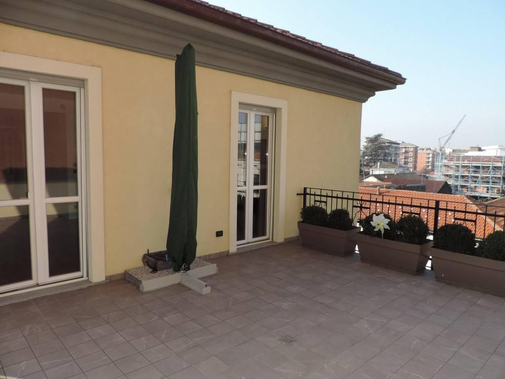 Appartamento in vendita a Vercelli, 4 locali, Trattative riservate   CambioCasa.it