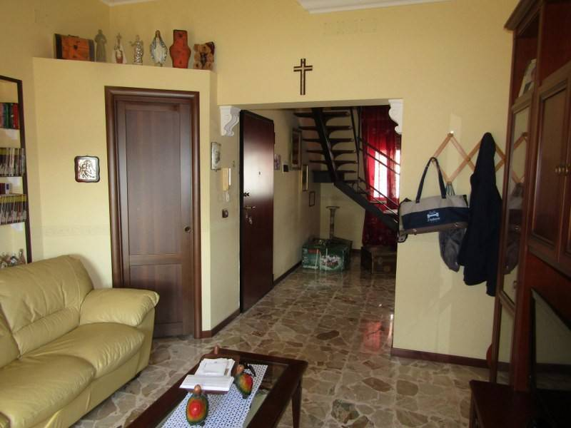 Appartamento in vendita a Siracusa, 4 locali, prezzo € 105.000 | PortaleAgenzieImmobiliari.it