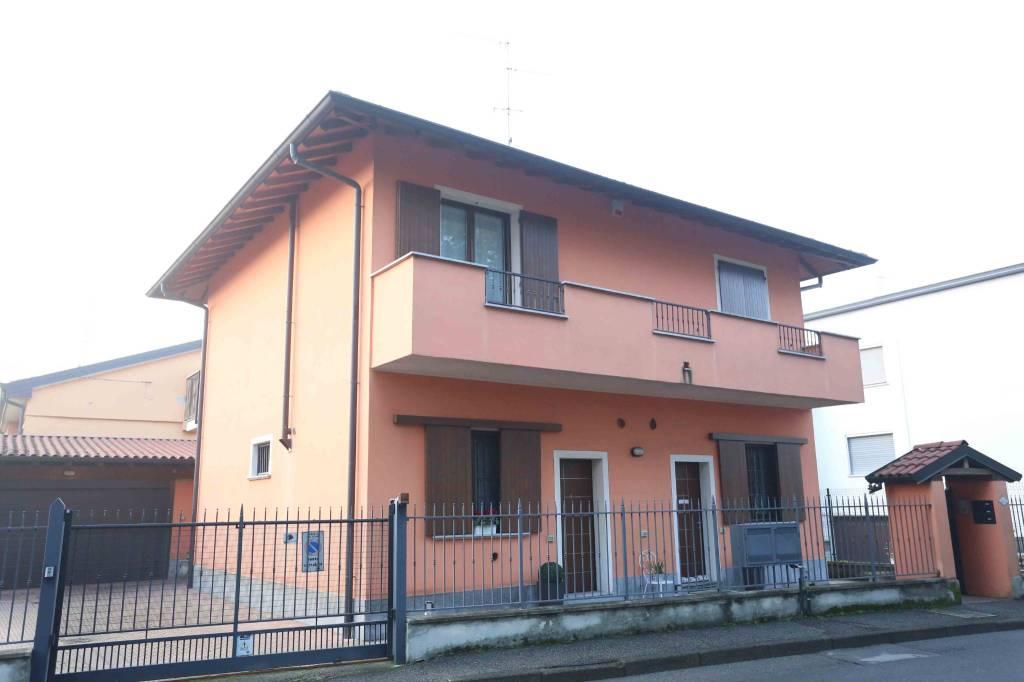 Appartamento in vendita a Lodi Vecchio, 2 locali, prezzo € 69.000 | CambioCasa.it