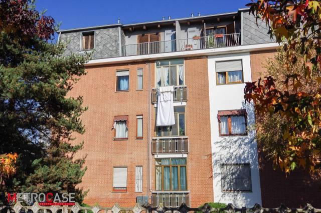 Appartamento in buone condizioni in affitto Rif. 6968081