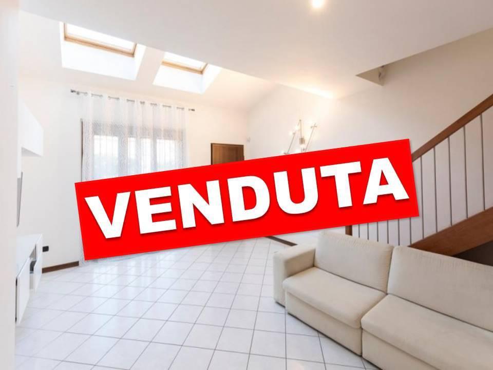 Villetta in Vendita a Vimodrone: 2 locali, 130 mq