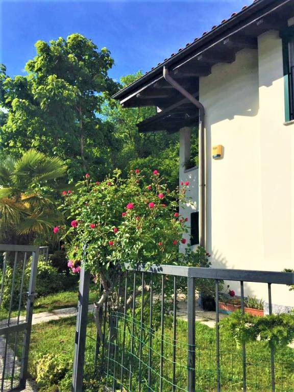 Villa in Vendita a Vignone Centro:  4 locali, 191 mq  - Foto 1