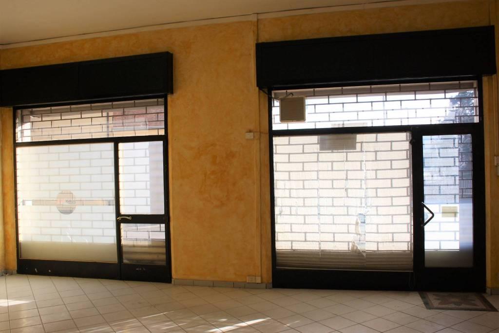 Negozio / Locale in vendita a Neive, 3 locali, prezzo € 75.000 | CambioCasa.it