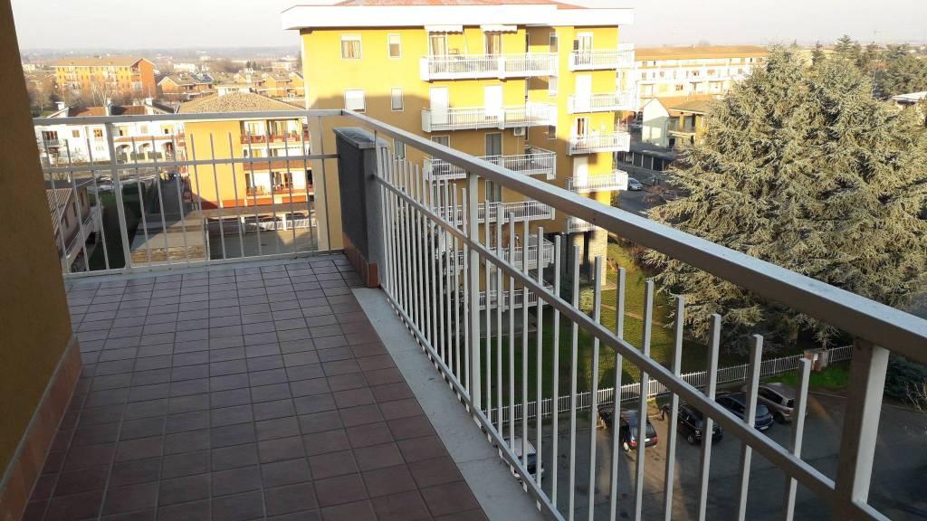 Appartamento in affitto a Santhià, 5 locali, prezzo € 390 | PortaleAgenzieImmobiliari.it