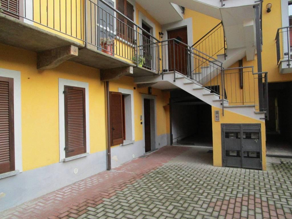 Appartamento in vendita a Cavaglio d'Agogna, 3 locali, prezzo € 75.000 | PortaleAgenzieImmobiliari.it