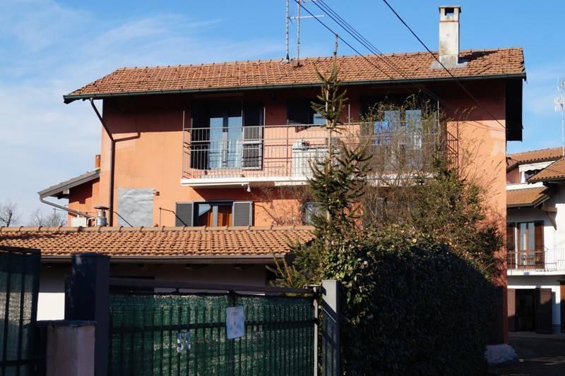Appartamento in vendita a Castelletto Sopra Ticino, 3 locali, prezzo € 97.000 | CambioCasa.it