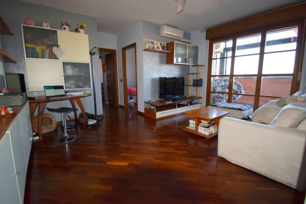 Appartamento in vendita a Abbiategrasso, 4 locali, prezzo € 225.000   PortaleAgenzieImmobiliari.it