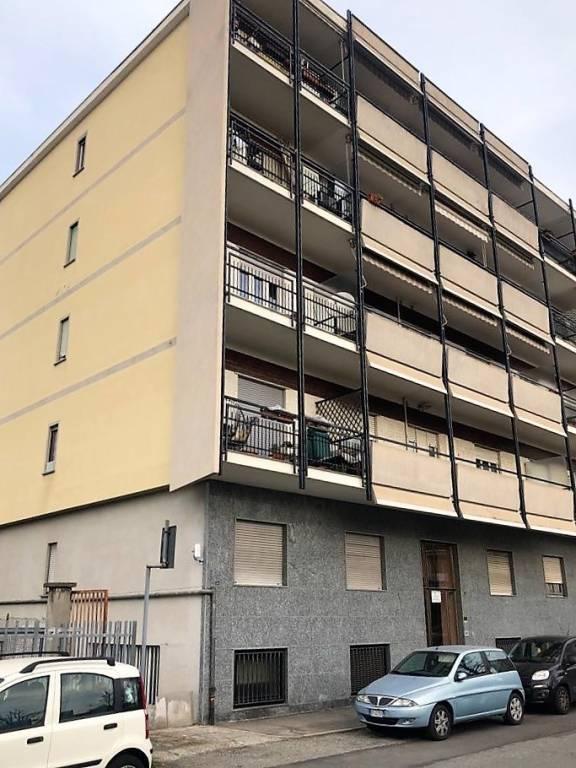 Attico / Mansarda in affitto a Grugliasco, 2 locali, prezzo € 500 | PortaleAgenzieImmobiliari.it