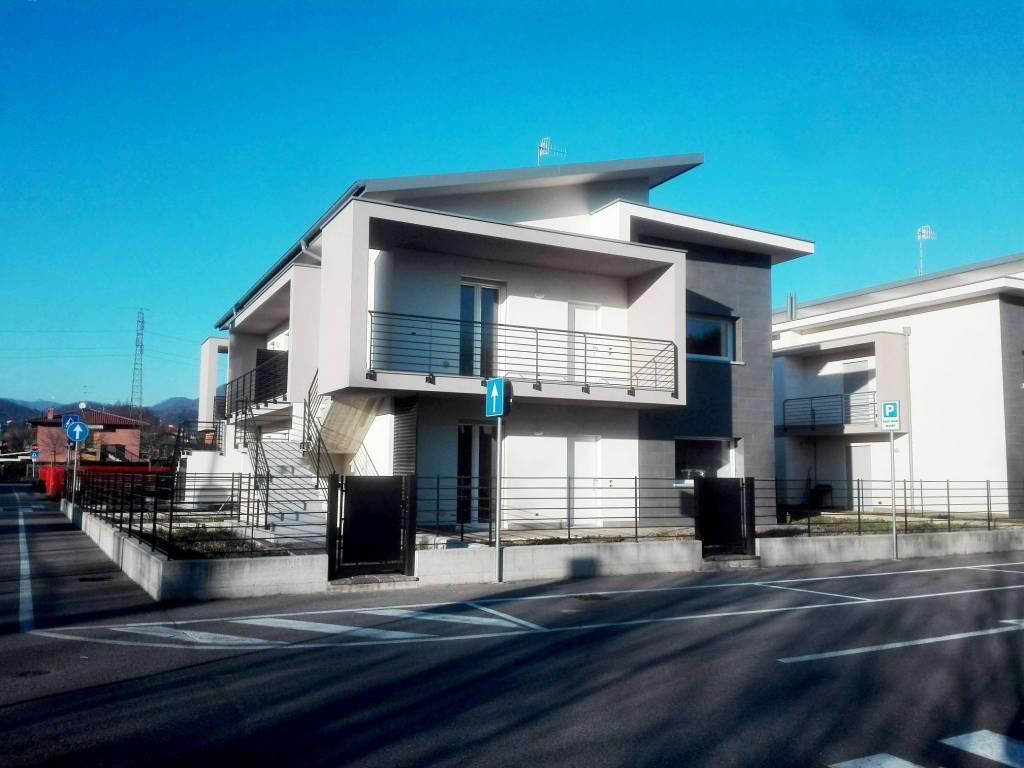 Appartamento in vendita a Almenno San Bartolomeo, 3 locali, prezzo € 260.000 | PortaleAgenzieImmobiliari.it