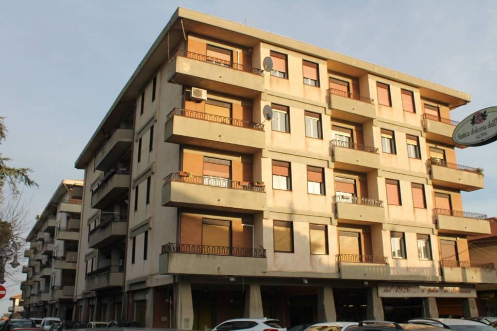 Appartamento in Vendita a Viagrande Centro: 4 locali, 125 mq