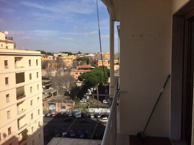 Appartamento in vendita a Roma, 3 locali, zona Zona: 17 . Aventino, San Saba , Piramide, prezzo € 310.000 | CambioCasa.it