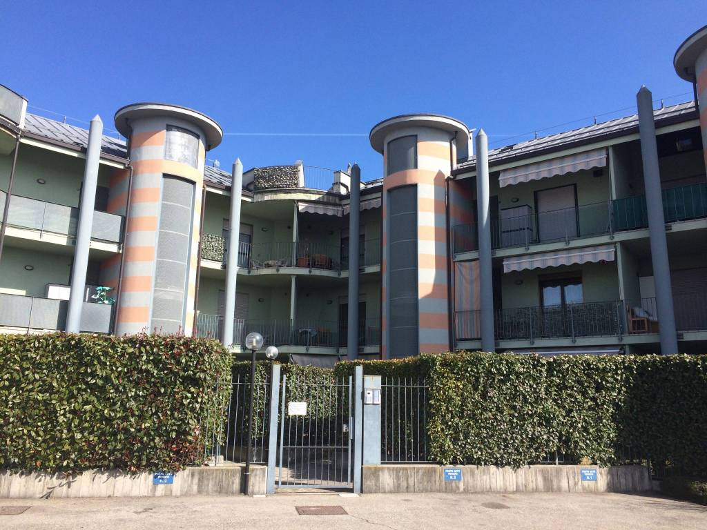 Appartamento in vendita a Chieri, 3 locali, prezzo € 160.000 | PortaleAgenzieImmobiliari.it
