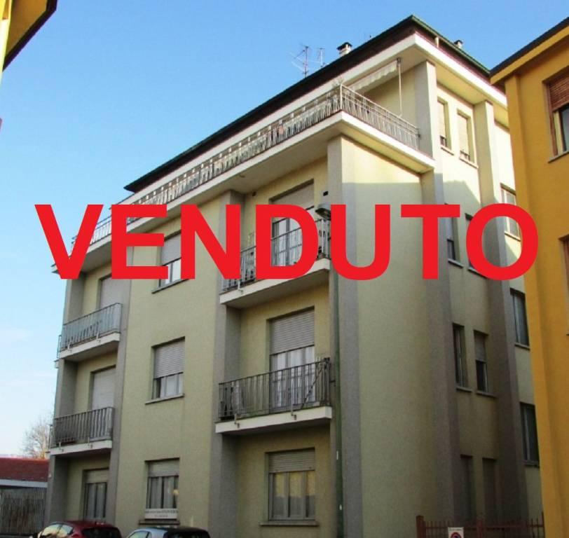 Foto 1 di Trilocale via Duca Degli Abruzzi , 2, Trofarello