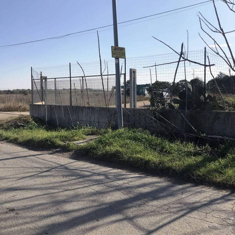Capannone in Vendita a Foggia Periferia Est: 1 locali, 148 mq