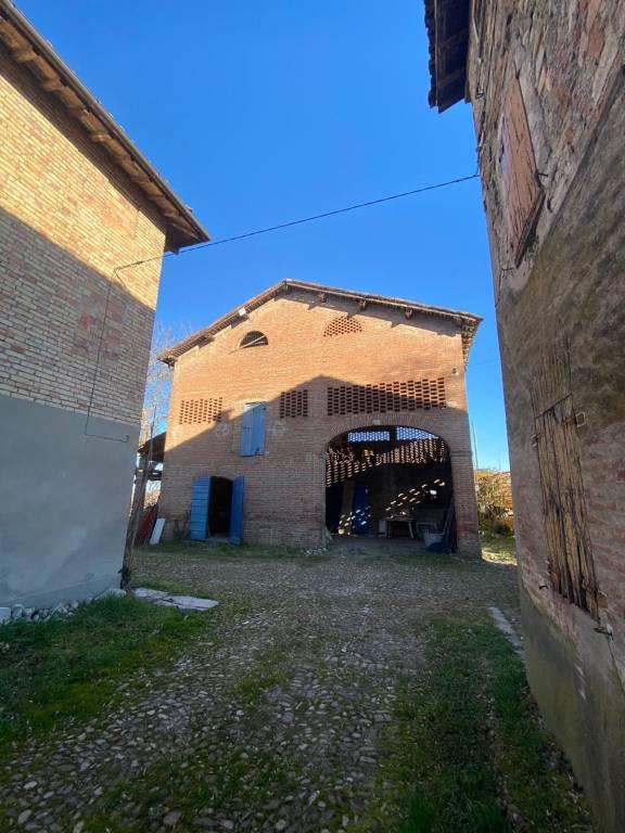 Villa in vendita a Casalgrande, 12 locali, prezzo € 150.000 | PortaleAgenzieImmobiliari.it