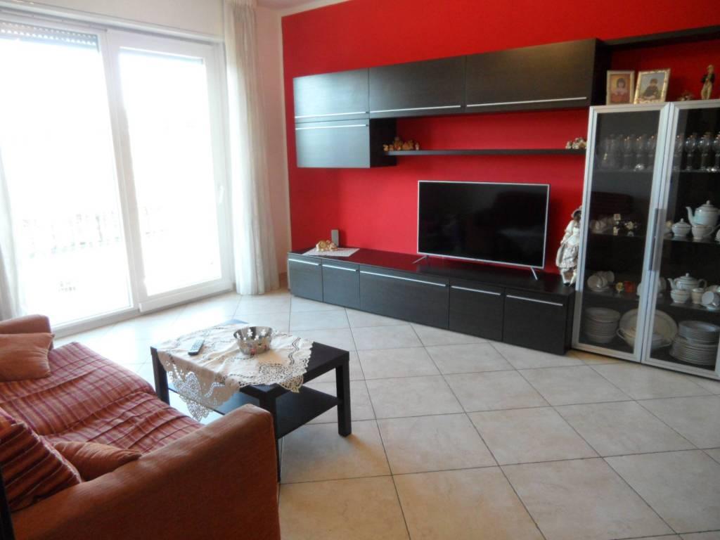 Appartamento in vendita a Torre de' Roveri, 3 locali, prezzo € 149.000 | CambioCasa.it