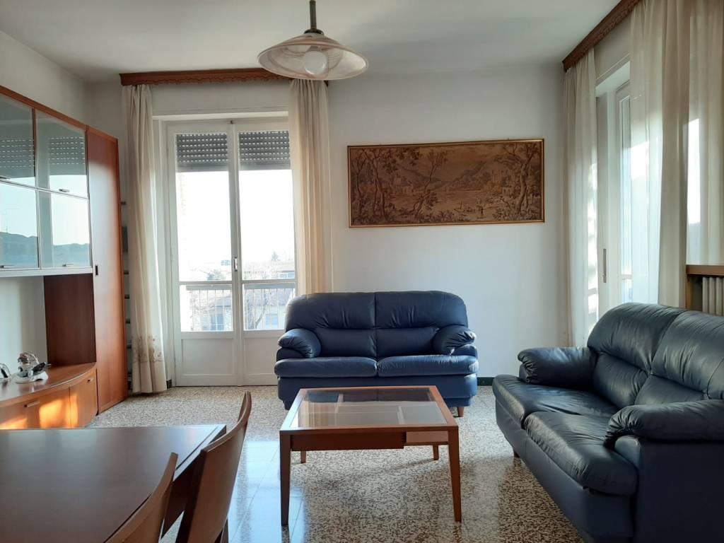 Appartamento in vendita a Lodi, 3 locali, prezzo € 85.000 | CambioCasa.it