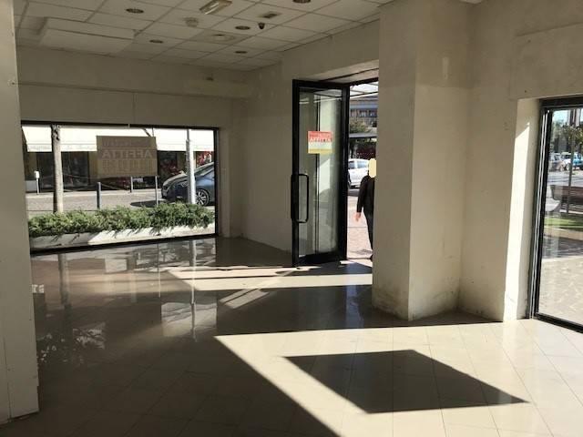 locale commerciale di mq. 50 circa Montesilvano centro