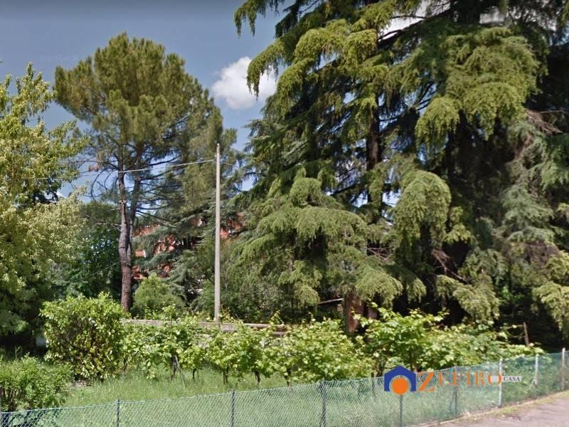 Terreno residenziale in Vendita a Bologna Semicentro Est: 1645 mq