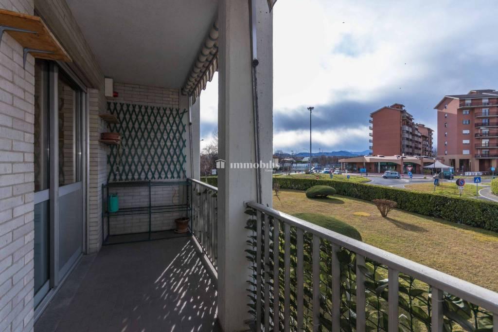 Appartamento in vendita a Collegno, 4 locali, prezzo € 115.000   CambioCasa.it
