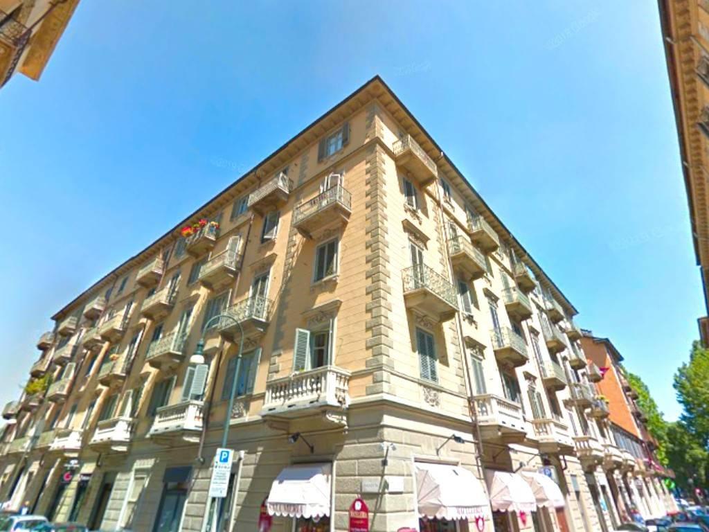 Appartamento in vendita a Torino, 4 locali, zona San Secondo, Crocetta, prezzo € 150.000 | PortaleAgenzieImmobiliari.it