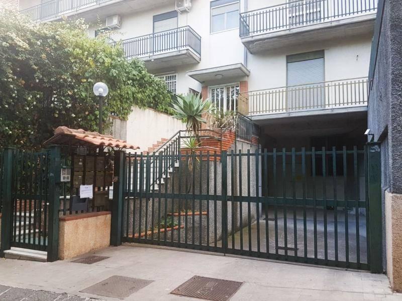 Appartamento in Vendita a Catania Periferia Nord: 4 locali, 110 mq