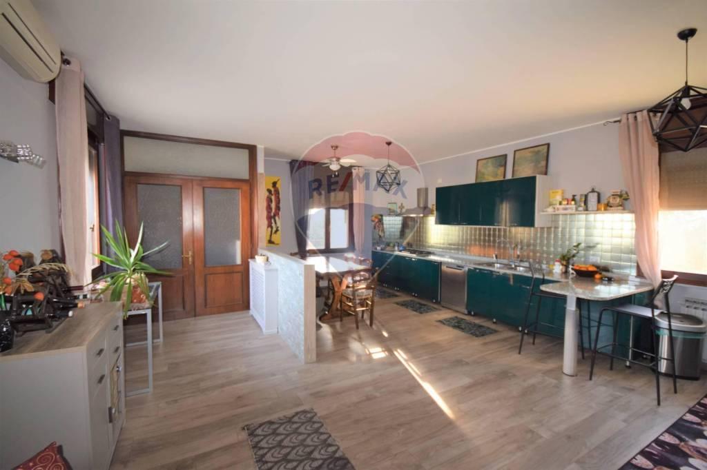 Appartamento in vendita a Montegaldella, 4 locali, prezzo € 360.000 | CambioCasa.it
