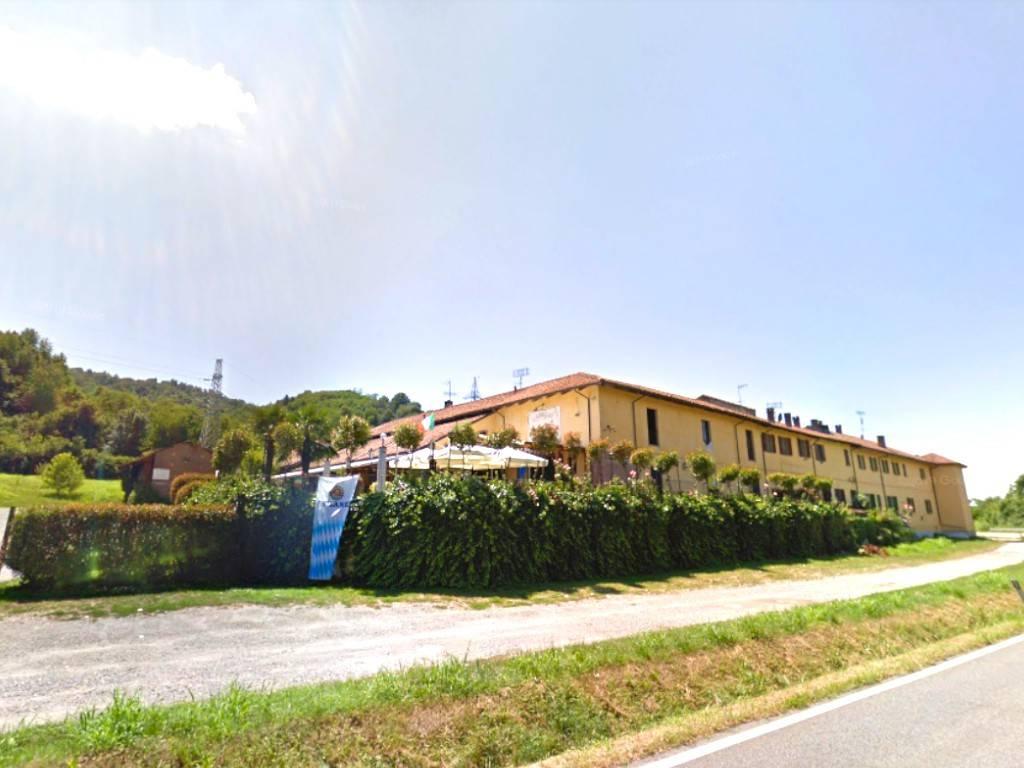 Negozio / Locale in vendita a Castagneto Po, 6 locali, prezzo € 220.000   CambioCasa.it