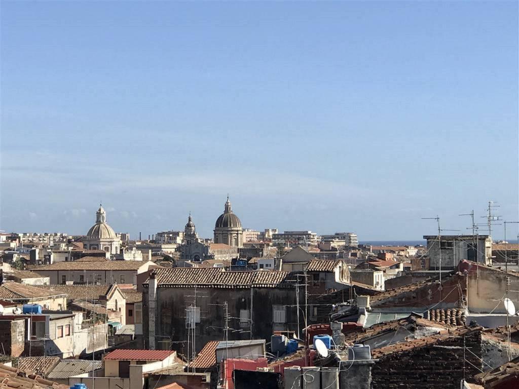 Appartamento in Vendita a Catania Centro:  5 locali, 180 mq  - Foto 1