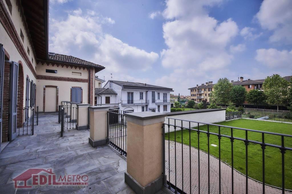 Appartamento in vendita a Vignate, 4 locali, prezzo € 340.000 | CambioCasa.it
