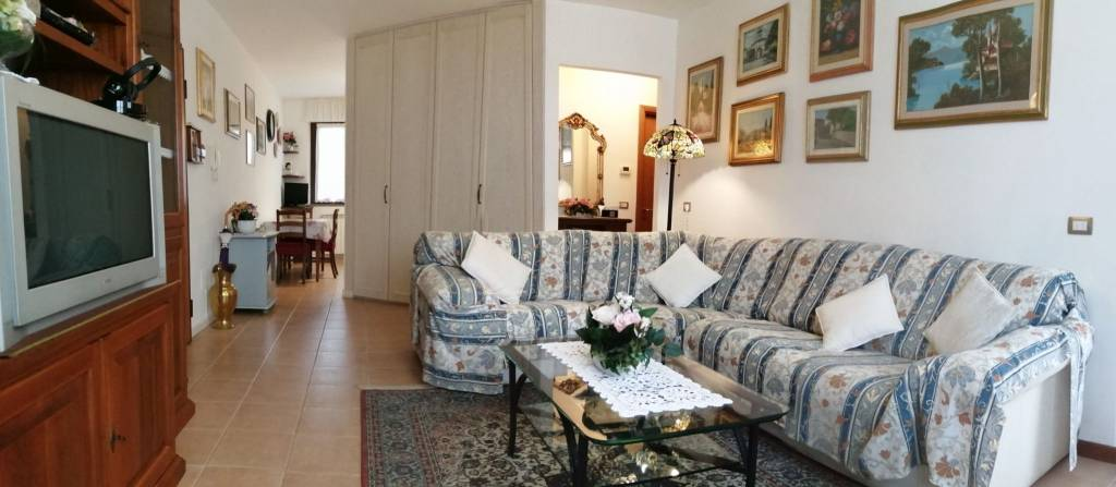 Appartamento in vendita a Barberino di Mugello, 4 locali, prezzo € 189.000 | CambioCasa.it