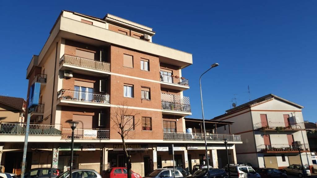 Appartamento in vendita a Albano Laziale, 4 locali, prezzo € 155.000   PortaleAgenzieImmobiliari.it