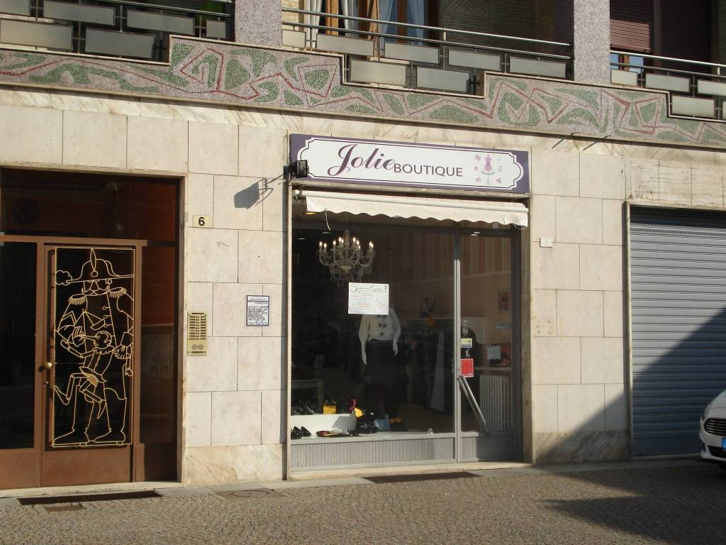 Negozio / Locale in vendita a Beinasco, 2 locali, prezzo € 55.000 | CambioCasa.it