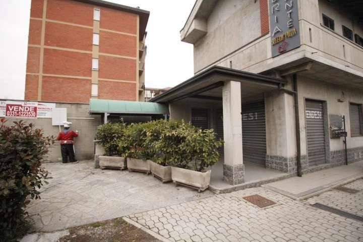 Negozio / Locale in vendita a Rescaldina, 2 locali, prezzo € 195.000   PortaleAgenzieImmobiliari.it