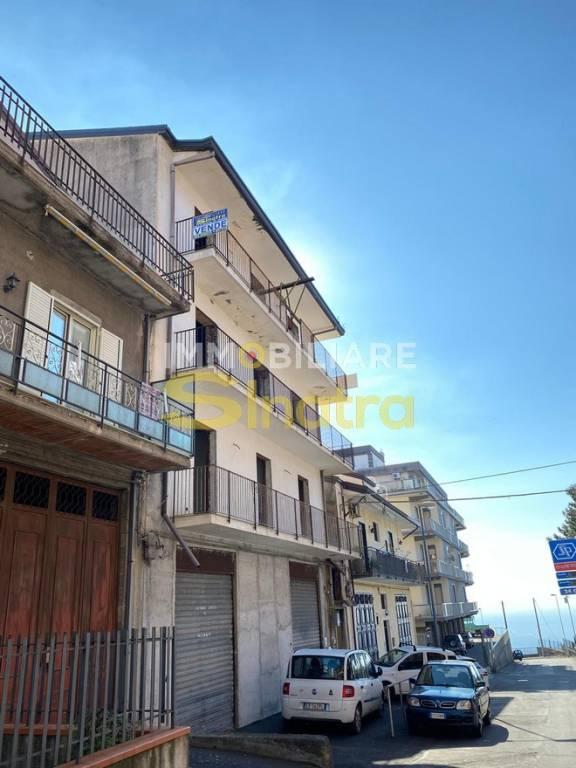 Appartamento in vendita a Santa Maria di Licodia, 9999 locali, prezzo € 35.000 | PortaleAgenzieImmobiliari.it
