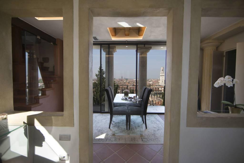 Appartamento in affitto a Verona, 3 locali, zona Veronetta, prezzo € 2.500 | PortaleAgenzieImmobiliari.it