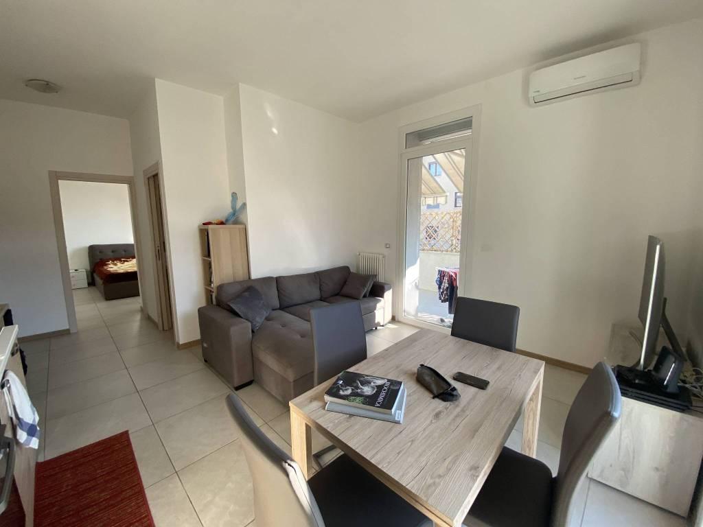Appartamento in vendita a Verona, 2 locali, zona Borgo Roma - Ca' di David - Palazzina - Zai, prezzo € 95.000   PortaleAgenzieImmobiliari.it