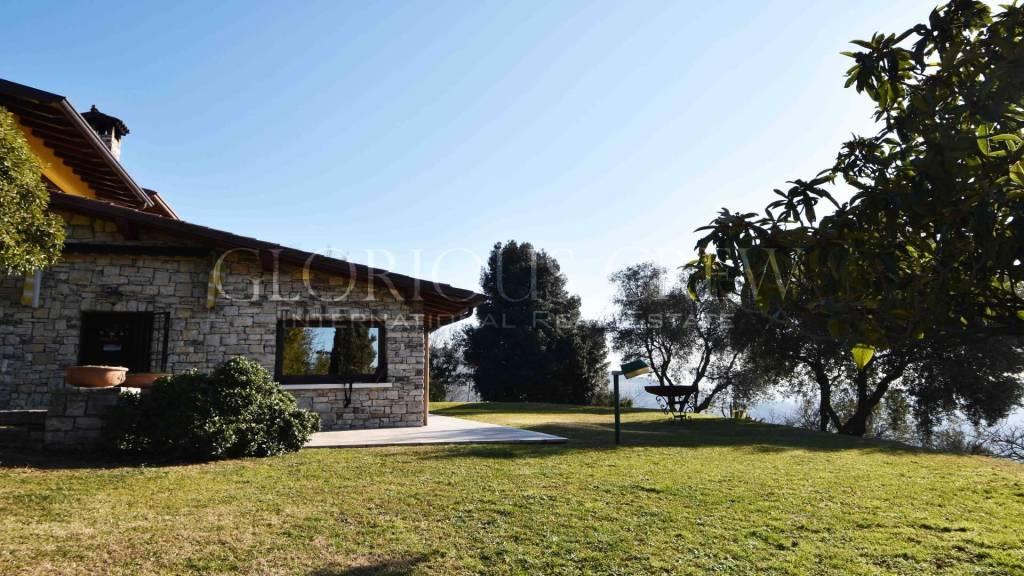 Villa in vendita a Cellatica, 4 locali, prezzo € 850.000 | PortaleAgenzieImmobiliari.it