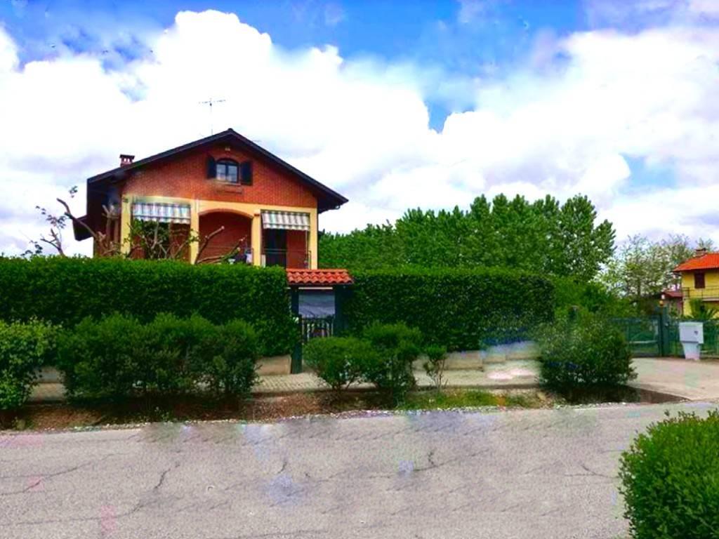 Villa in vendita a Lauriano, 3 locali, prezzo € 150.000 | PortaleAgenzieImmobiliari.it