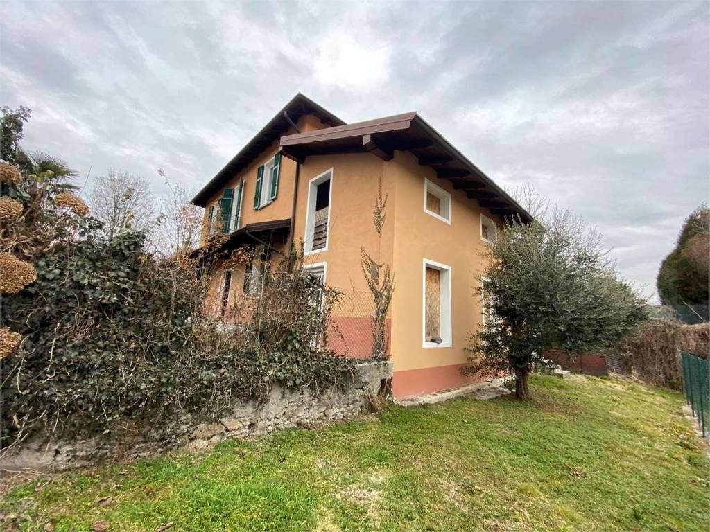 Villa in vendita a Casale Litta, 4 locali, prezzo € 198.000 | PortaleAgenzieImmobiliari.it
