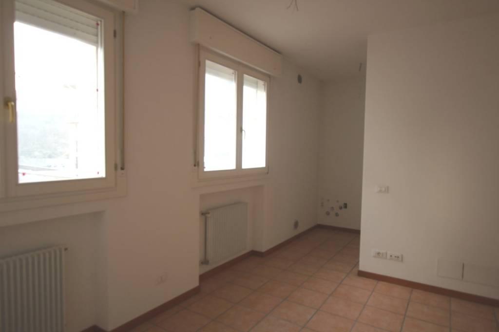 Appartamento in vendita a Arcugnano, 2 locali, prezzo € 70.000 | CambioCasa.it